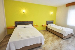 ergul-motel-yataklar-odalar