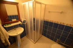 biga-kosdere-apart-otel-banyo