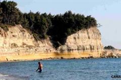 taskapi-koyu-plaj