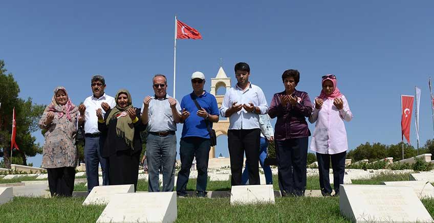 Azerbaycanlı Şehit Yakınları Gelibolu Yarımadası'nda