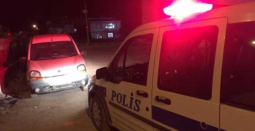 Lapseki'de Plakasız Araç Panik Yarattı