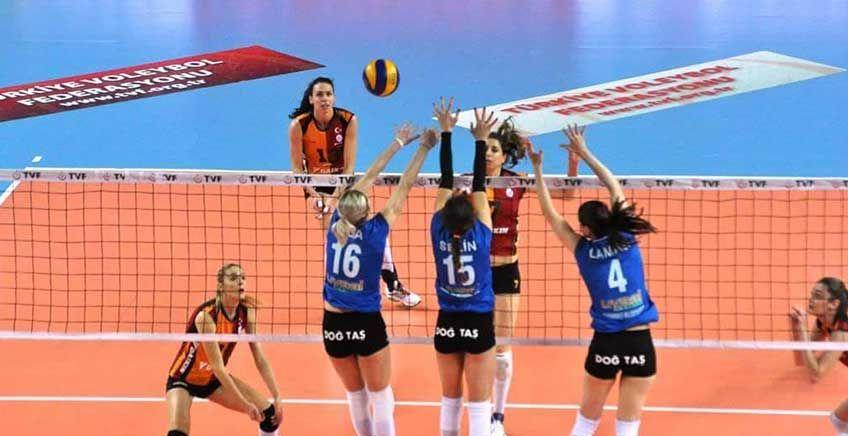 Kadınlar Voleybol Balkan Kupası Başladı